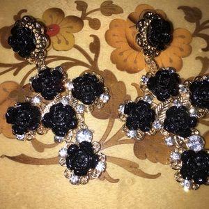 Black Rose Cross Earrings. 🖤